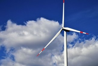 German wind power sector in crisis. Energiewende under further threat