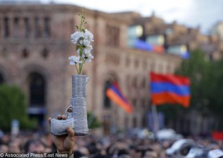 Sukces rewolucji. Paszynian premierem Armenii The success of the revolution in Armenia. Pashinyan elected prime minister