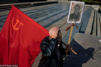The 100th anniversary of the October Revolution: a troublesome anniversary