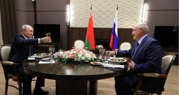 Presidents Vladimir Putin and Alyaksandr Lukashenka met on 7 December in Sochi